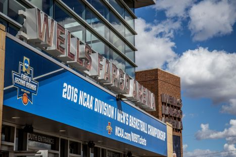 wells_fargo_arena_2016_march_madness_opening_rounds_25843889175-2