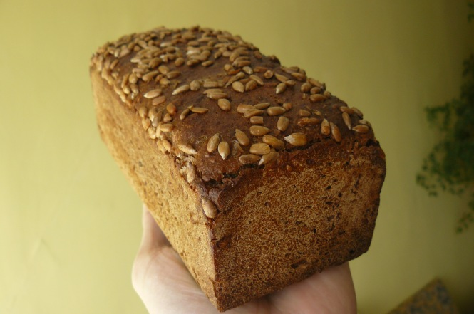 Rye_bread,_Poznan,_Poland